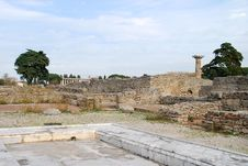 Free Ruins Of Roman Town At Paestum Royalty Free Stock Photos - 4358978