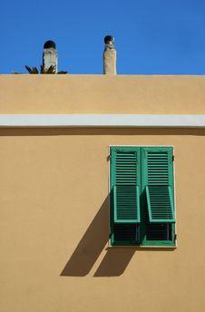 Free Green Window Royalty Free Stock Image - 4360356