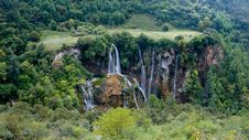 Free Waterfall Royalty Free Stock Images - 4361849