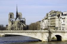 Free France, Paris; City View With Cathedral Stock Photography - 4363402