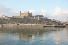 Free Bratislava Castle Royalty Free Stock Images - 4366049