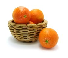 Oranges In Wooden Bowl Royalty Free Stock Images