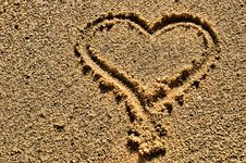 Free Heart Shape Symbol Drawn In Sand Royalty Free Stock Photos - 4377738