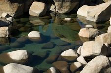 Free Reflection In The Rocks Royalty Free Stock Photography - 4378087