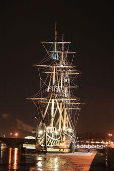 Free Ship St.Petersburg Stock Photo - 4393190