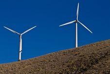 Free Windmill Power Generators Royalty Free Stock Image - 4394296