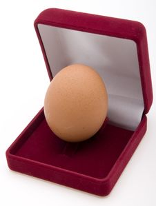 Free Egg  In Jewelry Box Stock Photography - 4398262