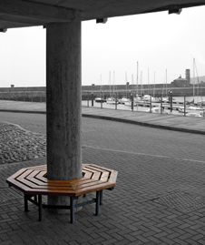 Free Circular Bench Royalty Free Stock Images - 449619