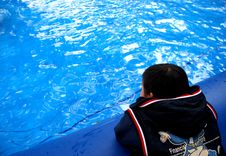 Free A Chinese Boy And Blue Water Stock Image - 4400331