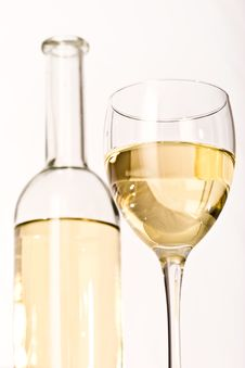 Free White Wine Royalty Free Stock Image - 4401166