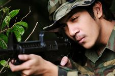 Free Soldier Taking Aim Stock Image - 4401181