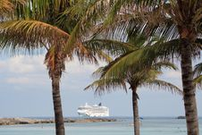 Free Tropical Cruise Royalty Free Stock Images - 4402309