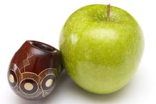 Free Long Ornamented North-caucasian Pipe With Apples Royalty Free Stock Photos - 4403858