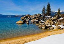 Free Lake In Winter Stock Photography - 4404242