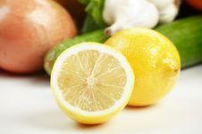 Free Cut Lemon Stock Photography - 4406362