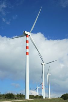 Free Windmills, Eolic. Royalty Free Stock Image - 4409156