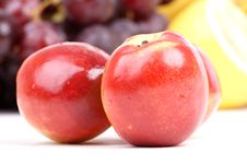 Free Peach Red Royalty Free Stock Photo - 4413185
