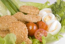 Free Chicken Nuggets With Vegetables Stock Photo - 4413210