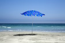 Free Beach Umbrella Stock Image - 4416781
