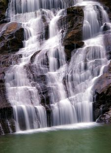 Free Waterfall Royalty Free Stock Photography - 4417027