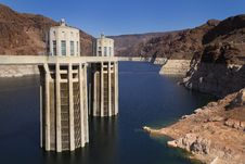 Free Hoover Dam Intake Towers Stock Photo - 44154820