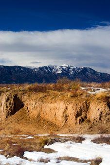 Free Colorado Mountain Desert With Snow Royalty Free Stock Photo - 4420275