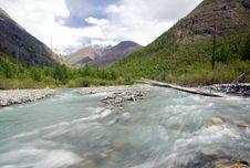Free Mountain River Scenics Royalty Free Stock Image - 4420796