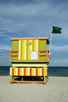 Free Lifeguard Tower In South Beach Stock Photos - 4427193