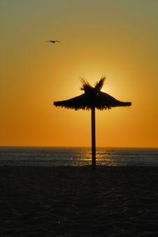 Free Romantic Sunset On The Beach Stock Image - 4433851