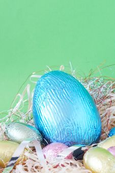 Free Colorful Wrapped Chocolate Easter Eggs Royalty Free Stock Images - 4435709