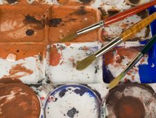 Free Paint Brushes And Palette Stock Images - 4439514