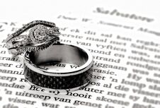 Free The Rings - Bond Of Love Stock Image - 44350701