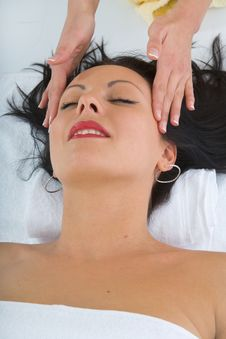 Free Facial Massage To The Girl Royalty Free Stock Image - 4440166