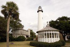 Free White Gazebo And Lighthouse Stock Images - 4442174