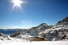 Wide Ski Trail In Full Sun Royalty Free Stock Images