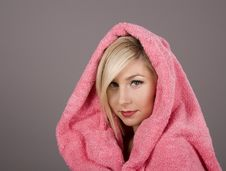 Free Blonde With Pink Towel Over Head Royalty Free Stock Images - 4443999