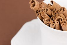 Free Cinnamon Sticks Royalty Free Stock Images - 4444509