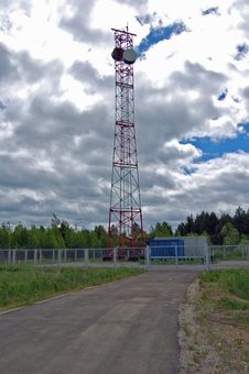 Free Radiorelay Station Royalty Free Stock Image - 4444676