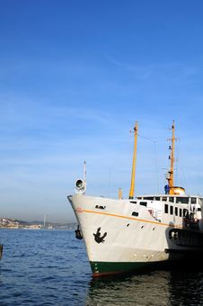 Free Steam Boats At The Doc In Istanbul Royalty Free Stock Photo - 4452825
