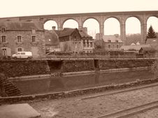 Free Viaduct In Dinan (Brittany, France) Stock Image - 4459581
