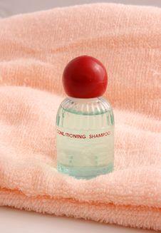 Free Shampoo1 Stock Photos - 4460183