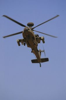 Free Kuwait Army Show (helicopter) Stock Photos - 4464843
