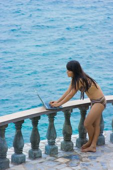 Free Work Anywhere In Paradise Royalty Free Stock Photos - 4469088