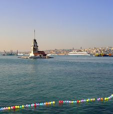 Free Maiden Tower Istanbul Royalty Free Stock Images - 4476209
