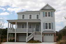 Free New Modern Beach Home Stock Photos - 4484433