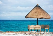 Free Private Tropical Resort Paradise Royalty Free Stock Photo - 4489845