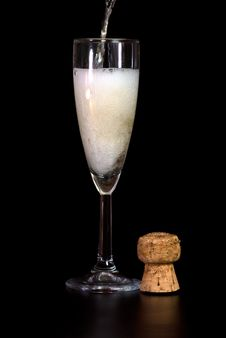 Free Pouring Champagne Stock Photography - 4491892