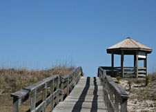 Free Wood Walkway To Beach And Gazebo Stock Photos - 4492293