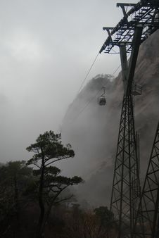 Free Cable Car  Of Huangshan Mountain Stock Images - 4492464