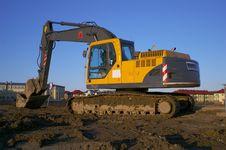 Free Excavator Royalty Free Stock Image - 4496946